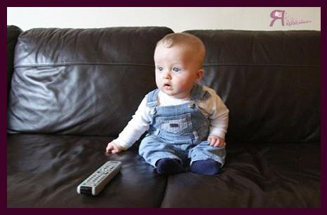 Как телевизор влияет на ребенка